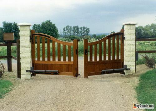 Распашные ворота своими руками для дачи