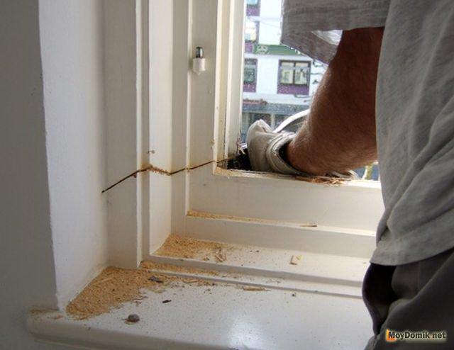 Установка пластиковых окон в деревянном доме, срубе.