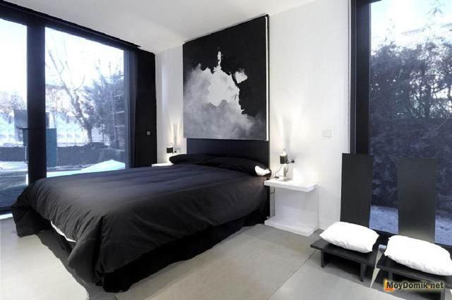Чёрно-белый интерьер комнаты