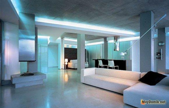 Большая комната в стиле хай-тек