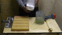 Подготовка материалов для изготовления камня из гипса