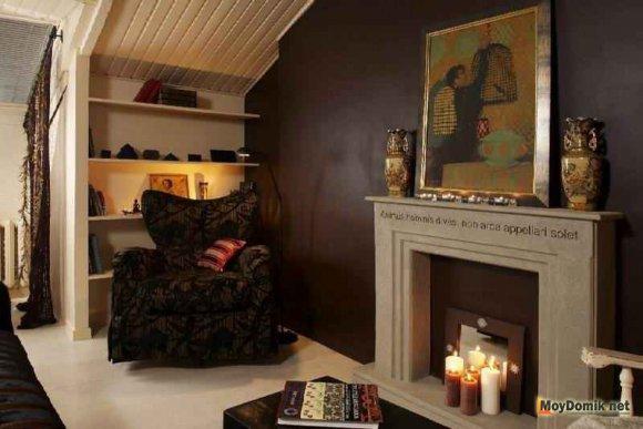 Фальш-камин в интерьере гостиной