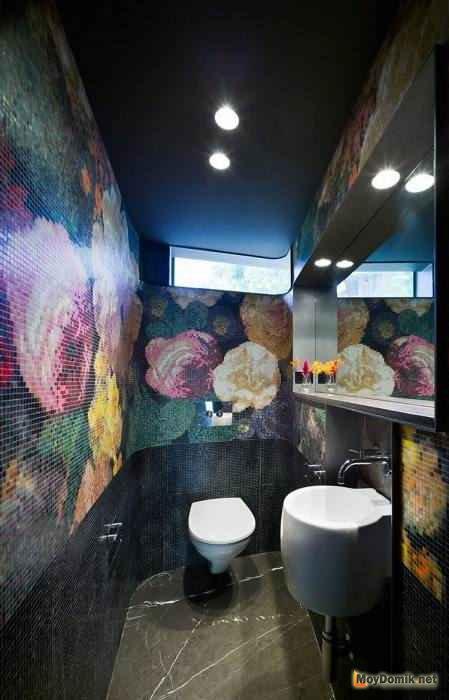 Подвесной унитаз в интерьере туалета