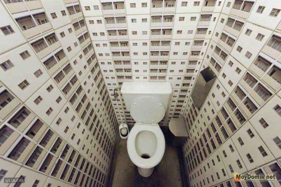Напольный унитаз в интерьере туалета