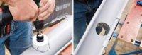 Высверливание отверстия в желобе с помощью насадки на дрель
