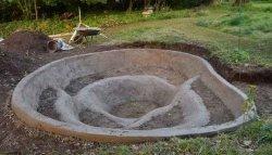 Бетонная чаша для пруда (водоема)