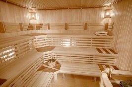 Красивая баня с отделкой деревянная вагонка
