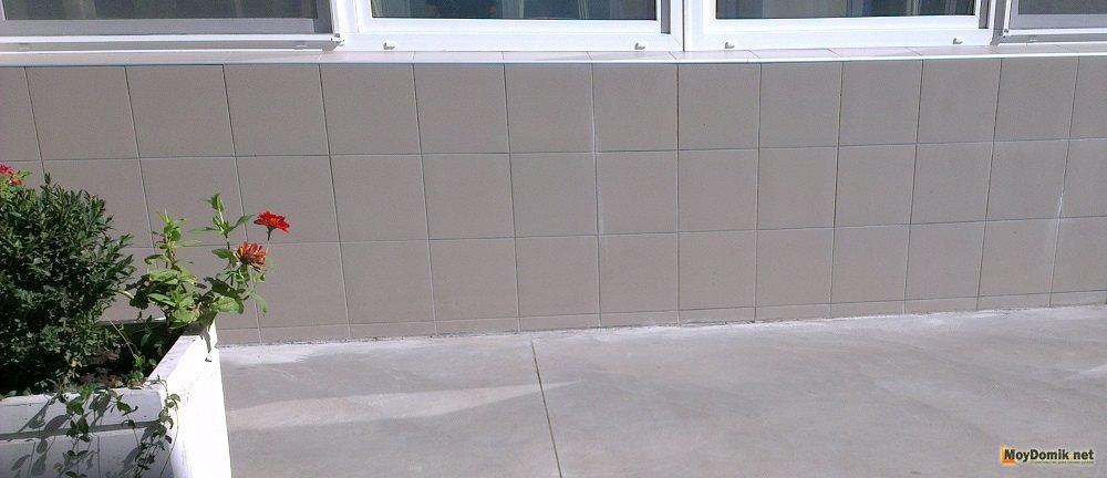Заделка швов герметиком у пластиковых окнах