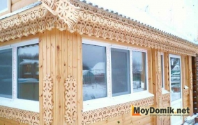 Резные деревянные наличники на окна - 1