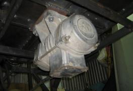 Электрический двигатель для вибростола