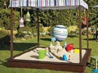 Ландшафтный дизайн зоны сада для детей с песочницей