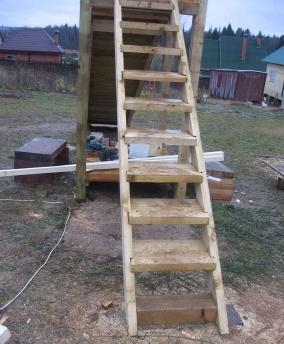Лестница для деревянной детской горки