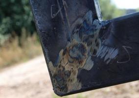 Сварка верхнего угла ворот из профнастила под углом 45 градусов