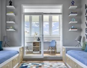 Учебная зона в комнате для двух школьников