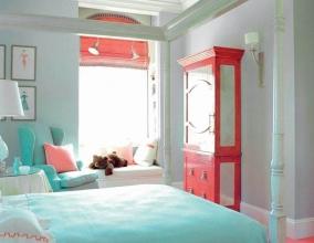 Светлый интерьер комнаты для девочки