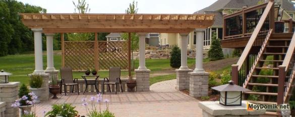 Пергола в ландшафтном дизайне загородного дома