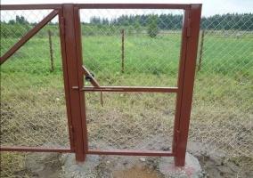 Калитка из сетки рабицы для ворот