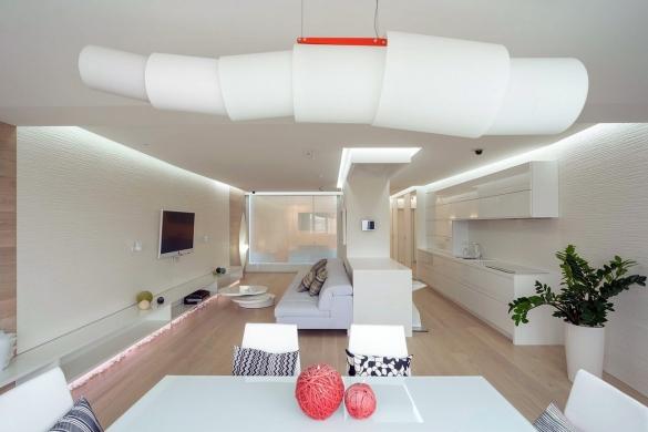 Оригинальный дизайн квартиры-студии 40 кв. м в светлых тонах