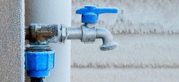 Утепление наружного водопровода в частном доме
