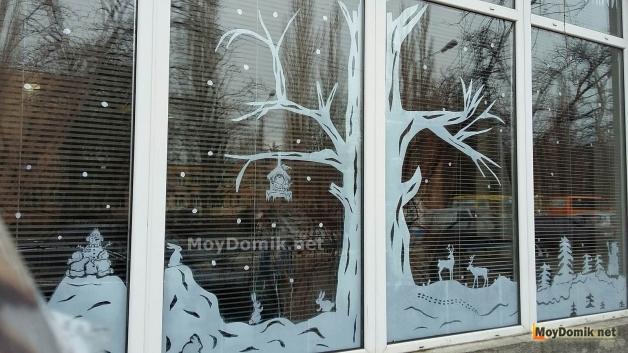 Украшение на окна к Новому году