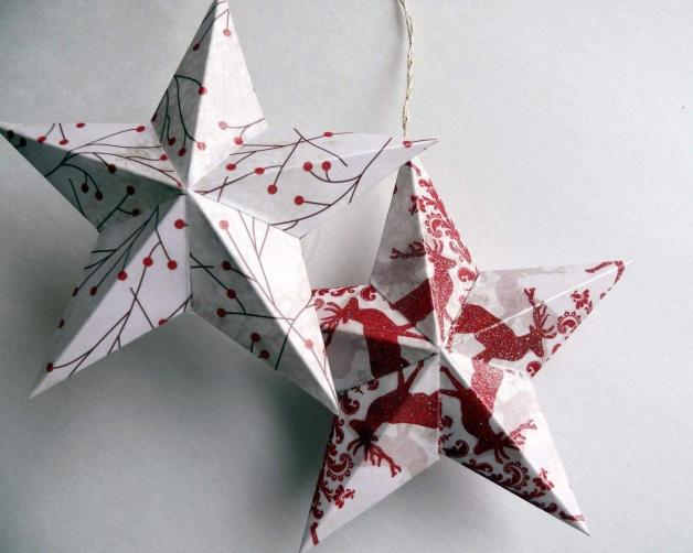Объемная звезда из бумаги для украшения окон, стен и елки