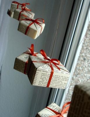 Оригинальные подвесные коробки-украшения на Новый год