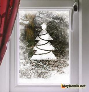 Витражный рисунок на стекле к Новому году