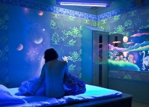 Флуоресцентные стеновые обои