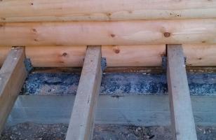 Установка лаг к деревянному дому