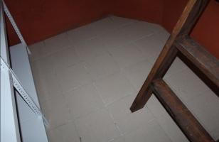 Облицовка утепленного пола в погребе плиткой