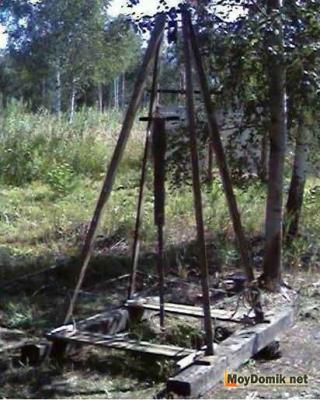 Самодельная установка для бурения абиссинского колодца вручную
