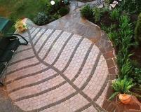 Художественная укладка тротуарной плитки