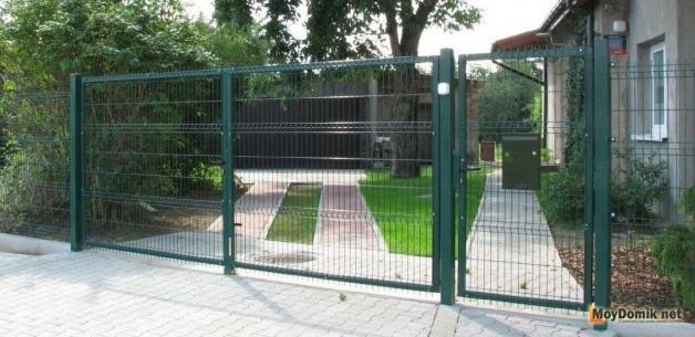 Распашные ворота из стальной сетки