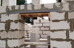 Армирование оконных и дверных проемов из газобетона металлическим уголком