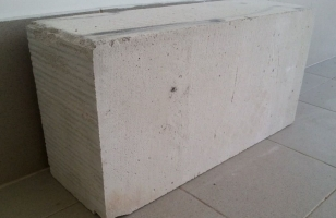 Стеновые газобетонные блоки с плоскими гранями