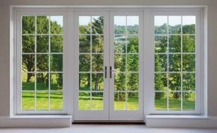 Распашные окна во французском стиле