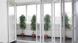 Пластиковые окна-гармошка