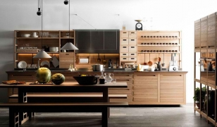 Универсальная кухня для деревянного дома