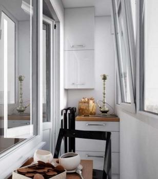 Дизайн узкого балкона в хрущевке