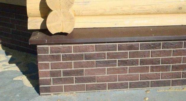 Отлив на фундамент деревянного дома