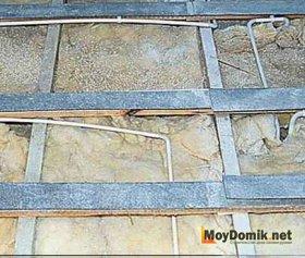 Звукоизоляция деревянных перекрытий - войлок на балках
