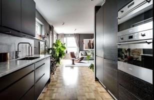 Интерьер кухни-гостиной в загородном доме