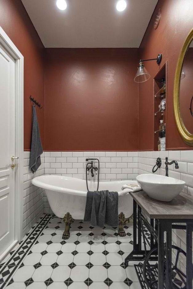 Дизайн ванной - сочетание плитки и окрашевания