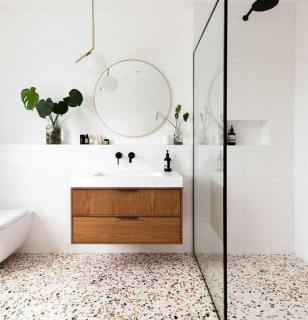 Терраццо на полу в ванной